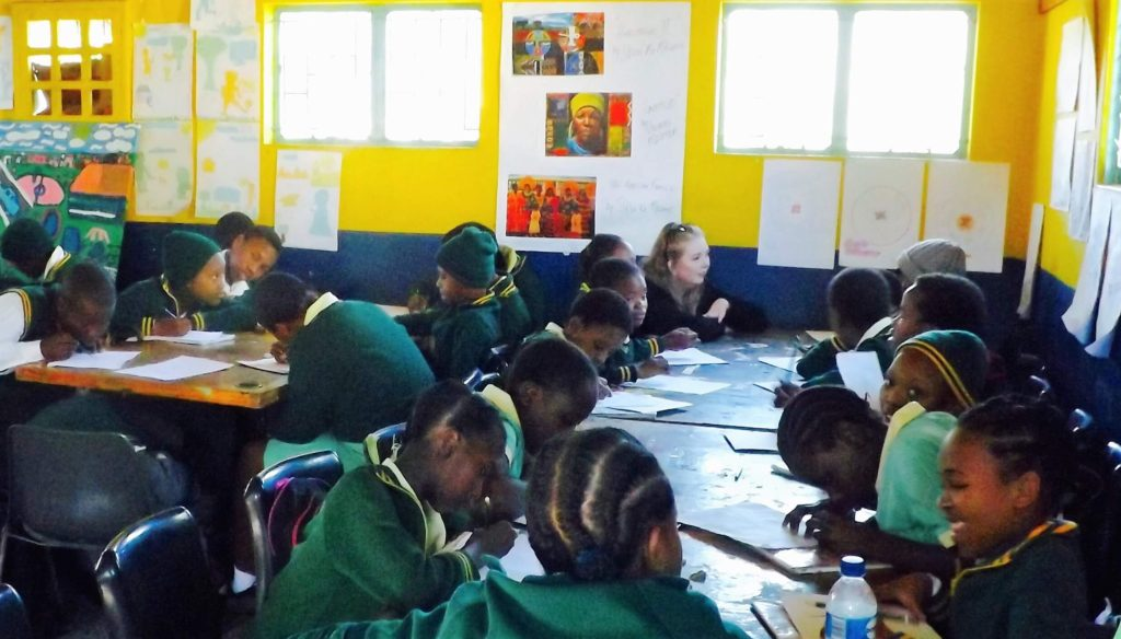 Laura talking about art at Room 13 in Znadele Primary School